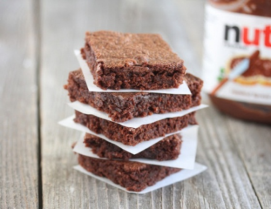 12 Nutella Brownies
