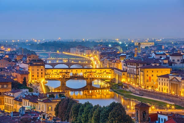 View on Arno river in Florence