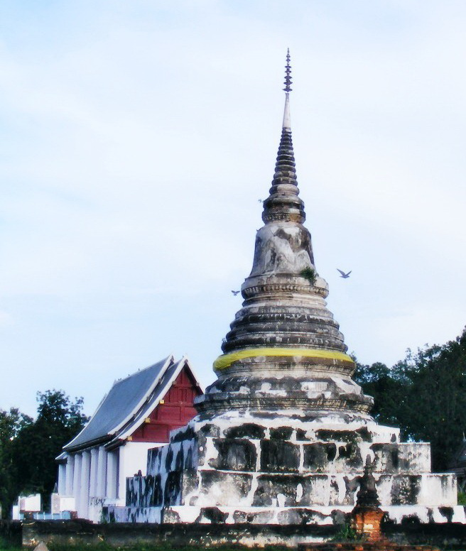 Stupa_of_Wat_Phra_Fang_1